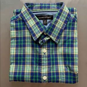 Men's short sleeved blue shirt